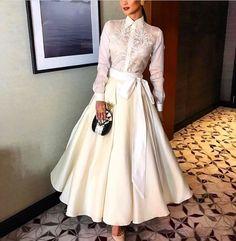 Pin by Honey Mae on Fashion: Barong Modern Filipiniana Gown, Filipiniana Wedding, Grad Dresses, Cute Dresses, Filipino Fashion, Classy Outfits, Mantel, Designer Dresses, Fashion Dresses