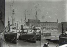 Naval ships in the Albert Dock in the 1930s