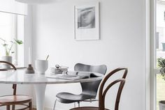 8 Ways You Can Use The Tulip Table In Various Interior Design Styles - Modern Grey Interior Paint, Interior Design, Interior Painting, Interior Modern, Interior Livingroom, Dining Room Design, Dining Room Furniture, Dining Area, Design Kitchen