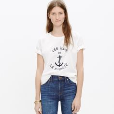 """Madewell Les Iles De La Societe Tee Great lightweight cotton tee from Madewell.  Size Medium.  Dark navy words on white tee with drop sleeve.  French translates to """"The Society Islands"""" Madewell Tops Tees - Short Sleeve"""