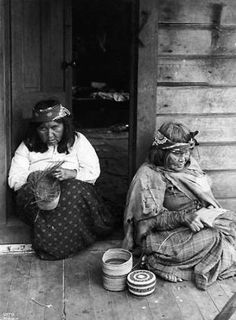 Two Makah basketmakers at Neah Bay, 1900 :: American Indians of the Pacific Northwest -- Image Portion