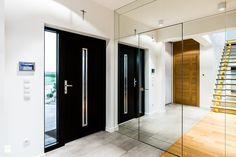 Kompleksowa szafa - Szklana ściana w przedpokoju - zdjęcie od studio 1111 - Hol / Przedpokój - Styl Nowoczesny - studio 1111