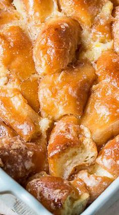 Bring stale doughnuts back to life with Krispy Kreme Bread Pudding. Not that we'd let Krispy Kreme doughnuts get stale. Just Desserts, Delicious Desserts, Yummy Food, Trifle Desserts, Krispy Kreme Bread Pudding, Bread Puddings, Krispy Kreme Donut Cake, Rice Puddings, Brunch