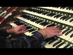 Star Wars Theme Performed on a Wurlitzer Pipe Organ [Video]