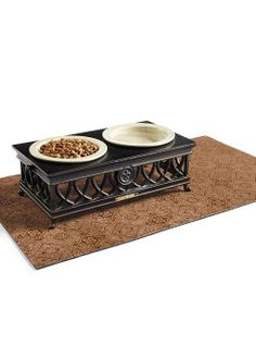 Protect your floors from pet food and water spills with our eco-friendly Filigree Pet Placemat.