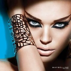 LIGHT UP THE NIGHT...MAYBELLINE AT THE WAVE CENTER...
