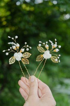 Wedding pearl hair pins