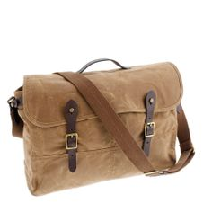 """Messenger bag. """"The Man bag"""" My hubby could use one of these for his Bible and ipad and such. Hmmmm.... @Pascale De Groof"""