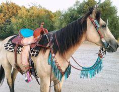 Best Ever Pads  custom western saddle pad, giraffe print, turquoise horse tack