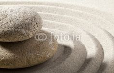 Fototapete Feng Shui - gros plan sur paysage zen galets sable