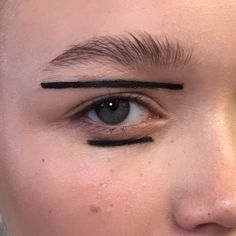 Two #parallel #lines will never ever cross. #mac trends #sharp - #lining #liner #eyeliner #MACCosmetics #blacktrack #fluidline and #black #acrylic #paint #MACPro #mac #makeup #macmakeup #mymakeup #MYArtistCommunity #MACSeniorArtist #MACArtist #makeupartist #fashion #blackliner #MACArtistChallenge