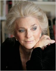 Judy Collins  SHE TRUELY IS STILL A BEAUTIFUL GIRL