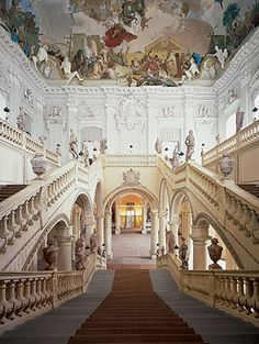 Treppenhaus, Raumansicht vom ersten Treppenabsatz