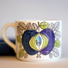 I found one of these yesterday! It's Eden by Rorstrand.  Lovely.  Needs saucer though.