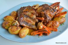 Friptura de porc (piept și coaste) la cuptor - marinata cu iaurt si usturoi | Savori Urbane Pork Recipes, Cooking Recipes, Romanian Food, Cordon Bleu, Tandoori Chicken, Chicken Wings, Easy Meals, Full Meals, Turkey