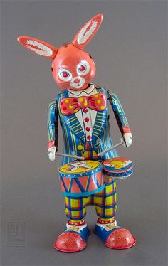 retro DRUMMING BUNNY tin wind-up