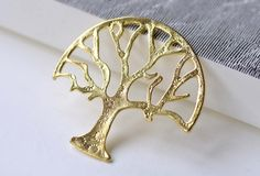 You'll receive 10 pcs of shiny gold lovely tree charms.  Very nice looking and high quality.  Size: 47x47mm  USPS First Class Mail to United States!  All our items are NICK... #branch #charms #huge_tree_pendant #jewelry_findings #jewelry_supplies #large_tree_pendant #shiny_gold_tree #supplies #tree_connector #tree_pendant #verycharms