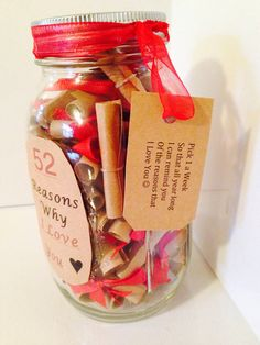 52 reasons why i love you gift in a jar seasonal valentines Boyfriend Anniversary Gifts, Birthday Gifts For Boyfriend, Boyfriend Gifts, 52 Reasons Why I Love You, Because I Love You, My Love, Homemade Gifts For Boyfriend, Bf Gifts, College Gifts