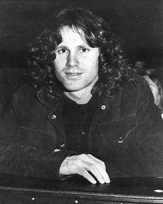 Jim Morrison & The Doors Jim Morrison Beard, Jim Morrison Poetry, Jimmy Morrison, Morrison Hotel, Les Doors, Ray Manzarek, El Rock And Roll, The Doors Jim Morrison, American Poets