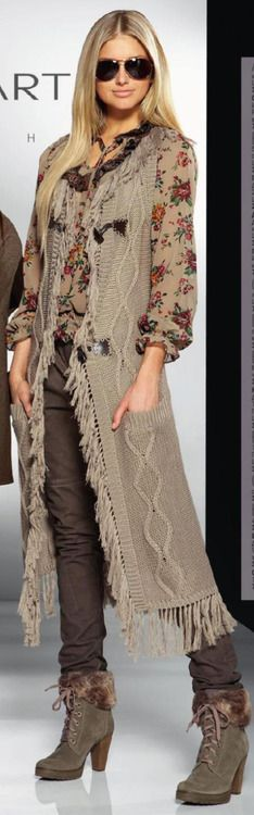 LoLoBu - Women look, Fashion and Style Ideas and Inspiration, Dress and Skirt… Bohemian Mode, Bohemian Style, Boho Chic, Bohemian Gypsy, Mulher Versus Moda, Look Fashion, Womens Fashion, Fashion Trends, Man Fashion