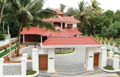 Grand entry and center island Village House Design, House Gate Design, Bungalow House Design, House Front Design, Village Houses, Indian Home Design, Kerala House Design, Chettinad House, Best Exterior House Paint