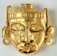 """- Mascara de Xipe Totec """" nuestro señor el desollado """" . Tumba Nº 7 de Monte Albán , Mexico ."""