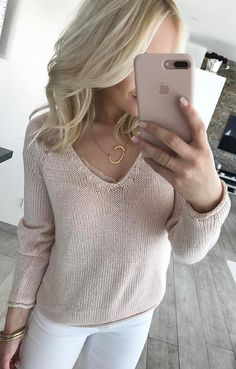 #summer #outfits Blush Knit + White Skinny Jeans ☀️💞