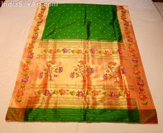 Silk Sari - Hand Woven Lotus Pallu - Bottle Green