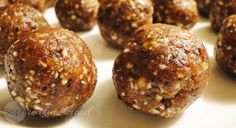 Possibly the easiest snack to make, these little fruit and nut balls offer a quick dose of energy and flavour: sophreakin' good! Snacks To Make, Easy Snacks, Clean Eating Desserts, Healthy Eating, Nut Balls Recipe, Paleo Recipes, Free Recipes, Looks Yummy, Paleo Dessert