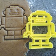 This awesome robot cookie cutter is sure to get the kids wanting to help out in the kitchen!    Available in Yellow.    Made in NZ using a 3D Printer.