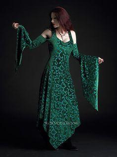 Kadri Faerie Gown in Velvet  Custom Romantic Gothic by rosemortem, $209.00