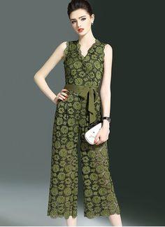 Fashion Wear, Fashion Pants, Girl Fashion, Fashion Dresses, Jumpsuit Dress, I Dress, Dress Outfits, Classy Outfits, Stylish Outfits