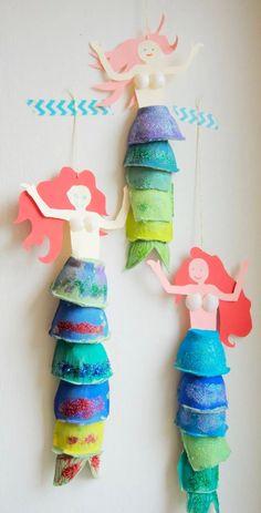Handicrafts with children Mermaid decoration made of egg carton ›the little messenger - Kinder basteln - Kids Crafts, Summer Crafts, Toddler Crafts, Preschool Crafts, Projects For Kids, Diy For Kids, Diy And Crafts, Diy Projects, Creative Crafts