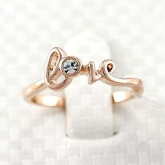 New Fashion Style Crystal Love Letter Womens Ring in Rose Gold