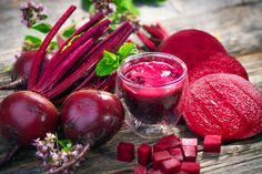 Jus de betterave rouge – Amazing Cucumber Juice Benefits for Your Skin, Hair and Health Beets Health Benefits, Beetroot Benefits, Juicing Benefits, Natural Colon Cleanse, Blood Pressure Remedies, Natural Remedies, The Cure, Healthy Recipes, Health Foods