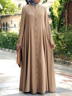 Layer up and let loose with this versatile and breezy dress. Worn as a dress th Tesettür Ayakkabı Modelleri 2020 Cardigan Fashion, Abaya Fashion, Fashion Dresses, Mode Abaya, Mode Hijab, Islamic Fashion, Muslim Fashion, Elegant Outfit, Classy Dress