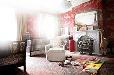 Love the rug in this nursery. Probably hides a lot of mess!
