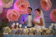 свадебная флористика Киев, стол молодых, декор свадьбы Киев, бумажные цветы, президиум