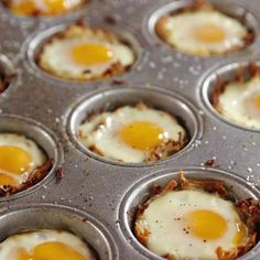 Baked Eggs in Hash Brown Cups.