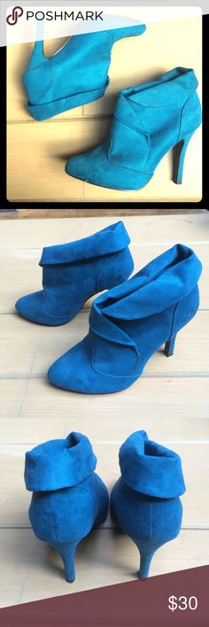 Faux suede teal booties Beautiful teal faux suede high heel ankle booties w a fold down cuff !! Size 6 lightly worn.. But hardly noticeable. Great w a skinny jean or crazy leggings/tights! Qupid Shoes Ankle Boots & Booties