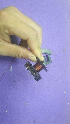 How to Build SMPS Transformer - power s. - Celulares e Acessórios Robotics Projects, Arduino Projects, Electronics Projects, Transformers, Switched Mode Power Supply, Power Supply Circuit, Electronic Schematics, Old Computers, Audio Amplifier