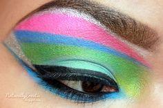 cool make up! 1980s Makeup And Hair, Retro Makeup, Eyeshadow Makeup, Face Makeup, Bright Makeup, Creative Eye Makeup, Makeup Blog, Makeup Ideas, Nail Ideas