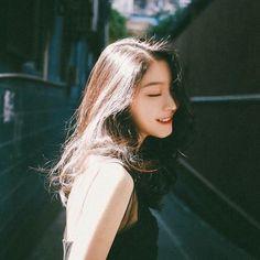 lm House & Garden houses for sale in garden city ks Ulzzang Korean Girl, Cute Korean Girl, Asian Girl, Western Girl, Uzzlang Girl, How To Pose, Camilla, Girl Photos, Asian Beauty