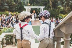Dama de honra e pajem do casamento de Mariana e Alê, publicado no  Euamocasamento.com. As fotos são de Studio Laura Campanella.  #euamocasamento #NoivasRio #Casabemcomvocê