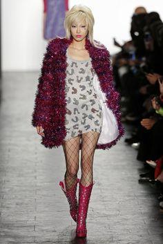 Jeremy Scott, A-H 16/17 - L'officiel de la mode