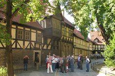 Blick auf das Pfarramt der St. Sylvestrikirche in Wernigerode.