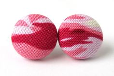 Button earrings studs post spring pink violet by KooKooCraft, €7.20