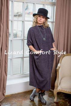ВБ4961: Платье кимоно-футляр из вискозы, размер 50/52,Лесель. Шляпа, Гримуар. Бижутерия, Дания.