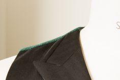 Double Breasted Black Formal Waistcoat Peak Lapels - Green Tweed Herringbone contrast back Double Breasted Zwart Formeel Vest Gilet Opgesneden Revers - Groene Tweed contrast rugpand