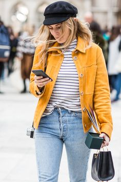 With London Fashion Week in full style swing, take a look at the best street looks spotted outside the shows. Photos by Sandra Semburg. Fashion Week, Trendy Fashion, Fashion Trends, Jeans Fashion, Fashion Outfits, Street Looks, Street Style, Yellow Jacket Outfit, Yellow Outfits